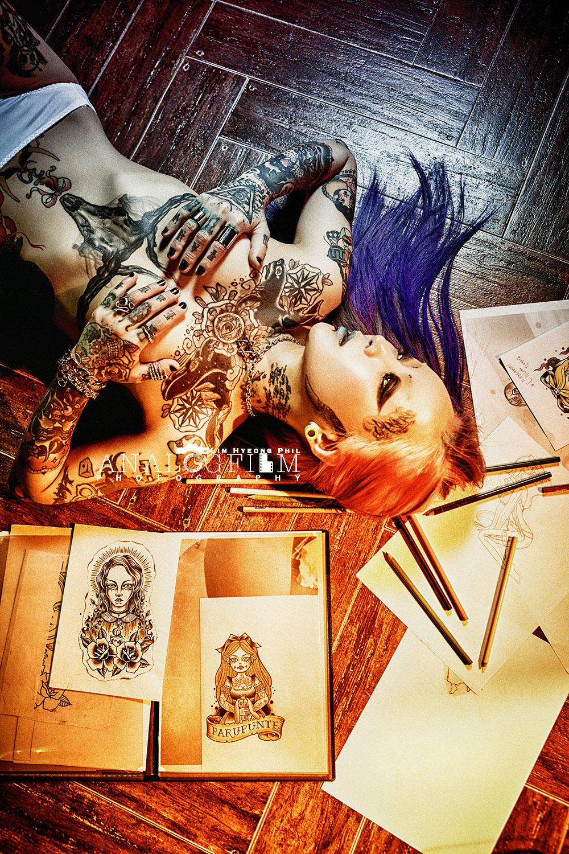 타투이스트,타투,tattoo,tattooist,inked,inked girl,컨셉화보,컨셉프로필,퇴폐미,프로필촬영,프로필사진,마약,술,담배,바디프로필,2